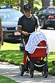 selma blair jason bleick arthur walk 17