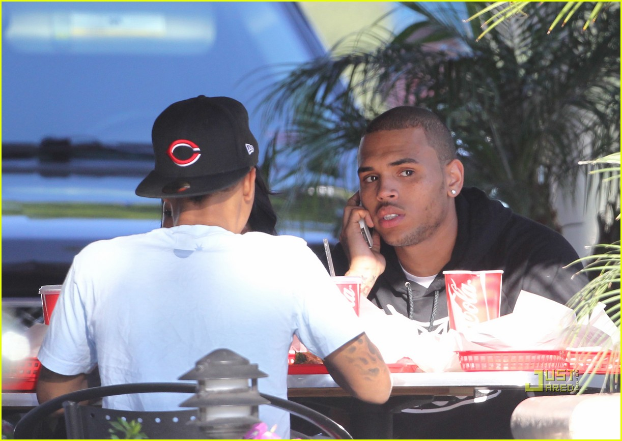 chris brown lunch bow wow 01