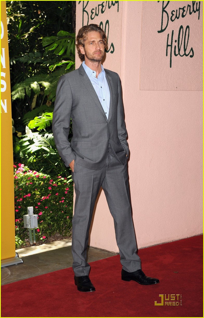 gerard butler hfpa luncheon 04