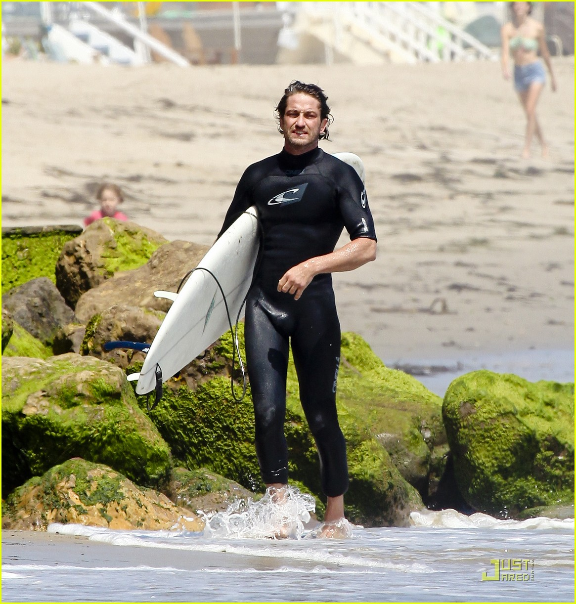 gerard butler surf coffee 14