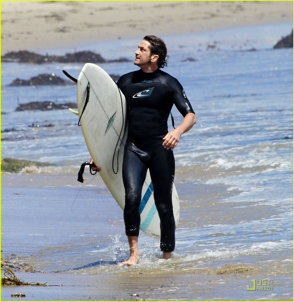 gerard butler surf coffee 192570169