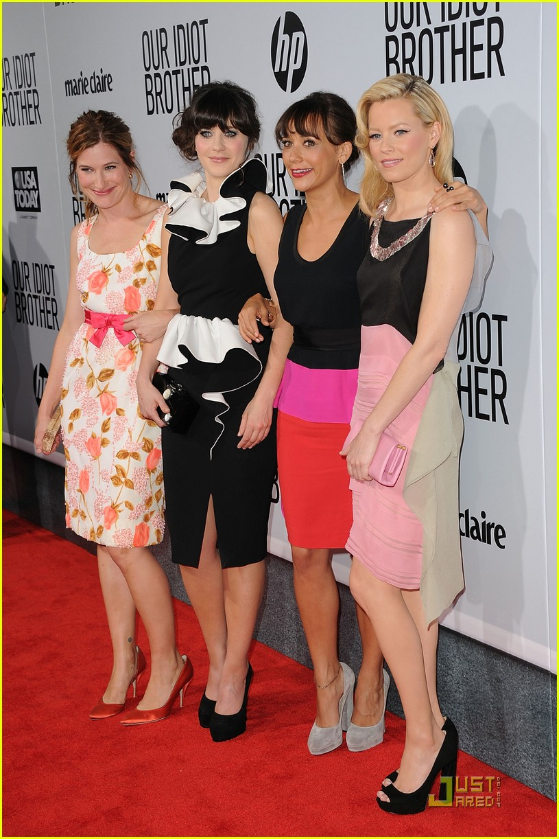 zooey deschanel elizabeth banks rashida jones idiot brother premiere 01