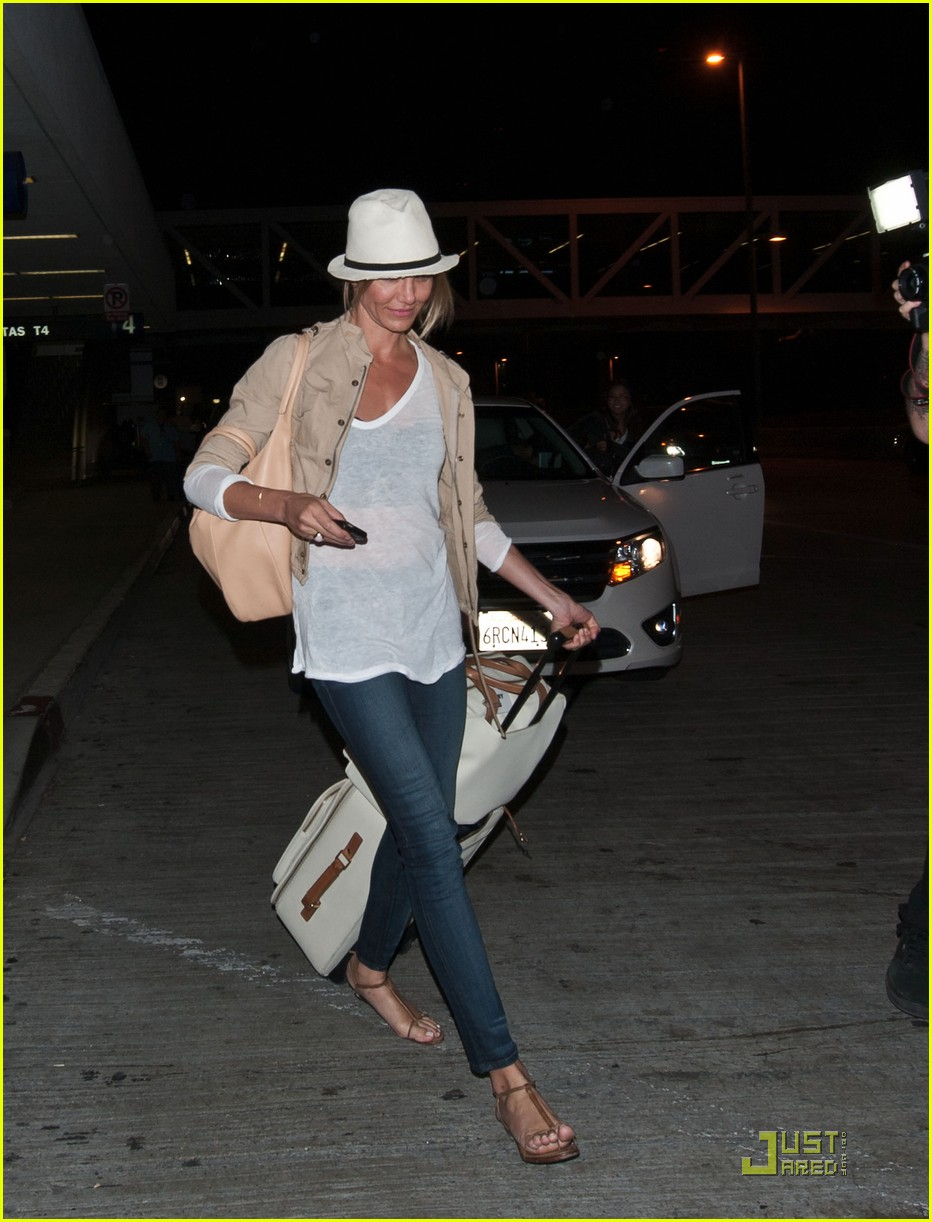 cameron diaz walks and talks at lax 01