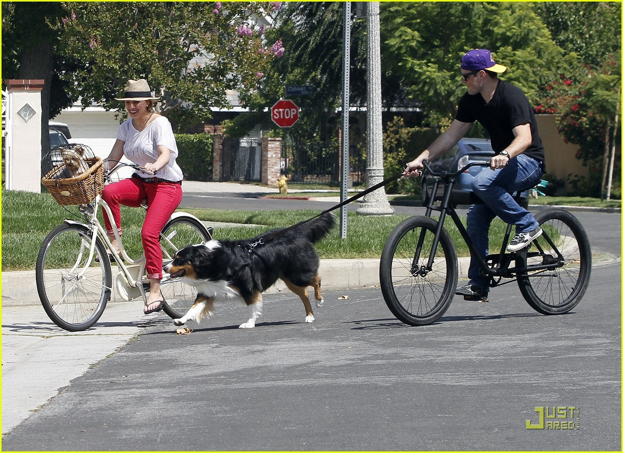 hilary duff mike bikes 06