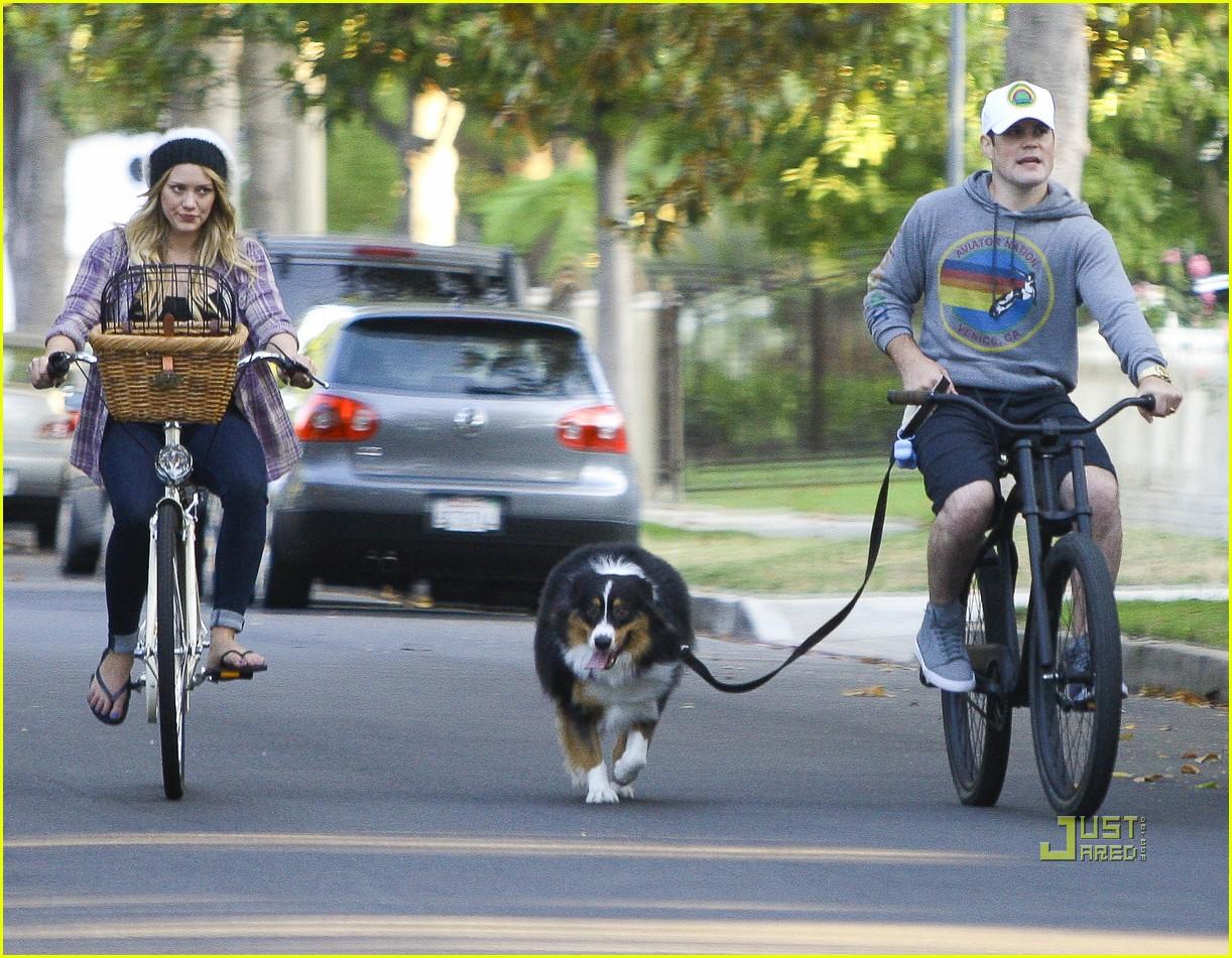 hilary duff bike 03