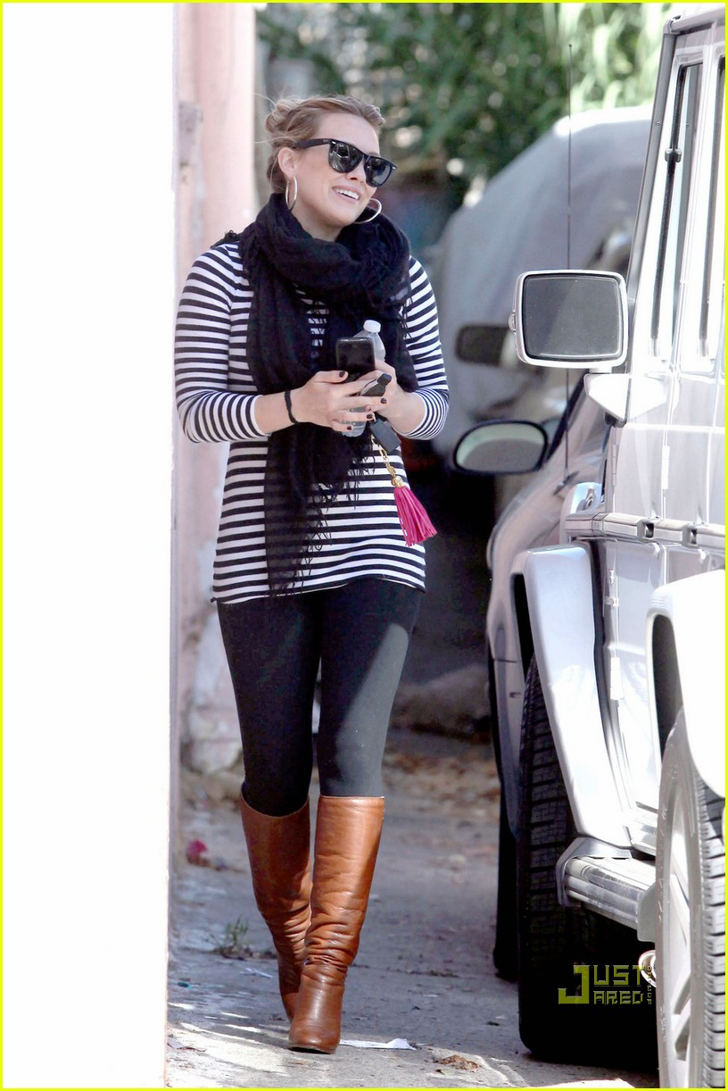hilary duff striped shirt pilates 05