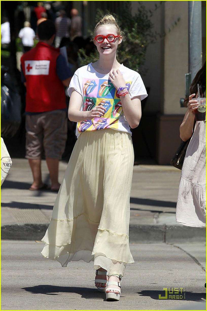 Elle Fanning: Rolling Stone Rocker!: Photo 2572175 | Elle Fanning Pictures | Just Jared