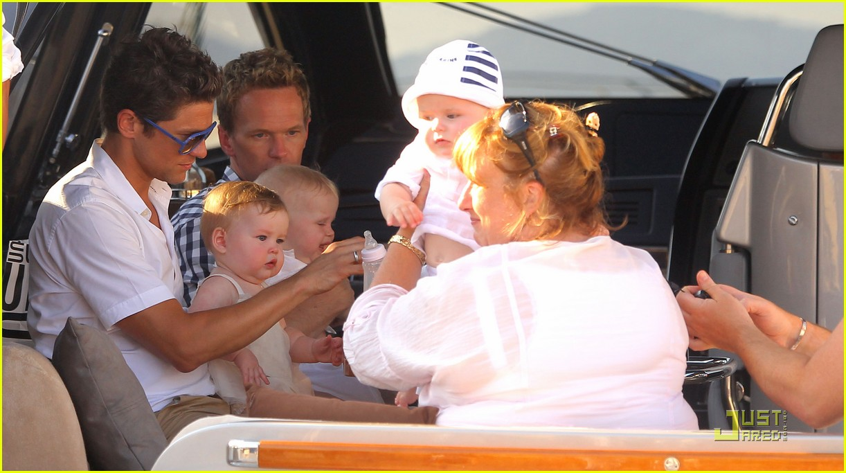 neil patrick harris david burtka vacationing in st tropez 01