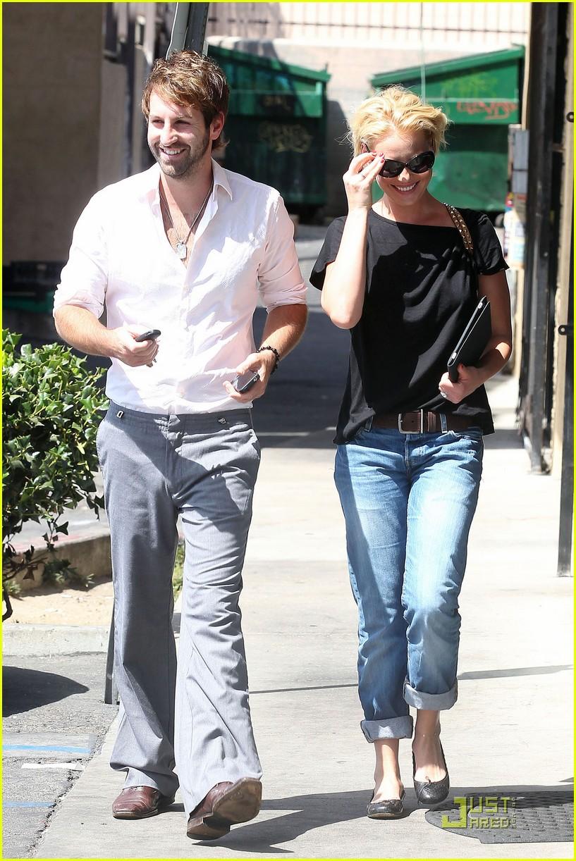 Katherine Heigl & Josh Kelley Go to Gelson's Katherine Heigl