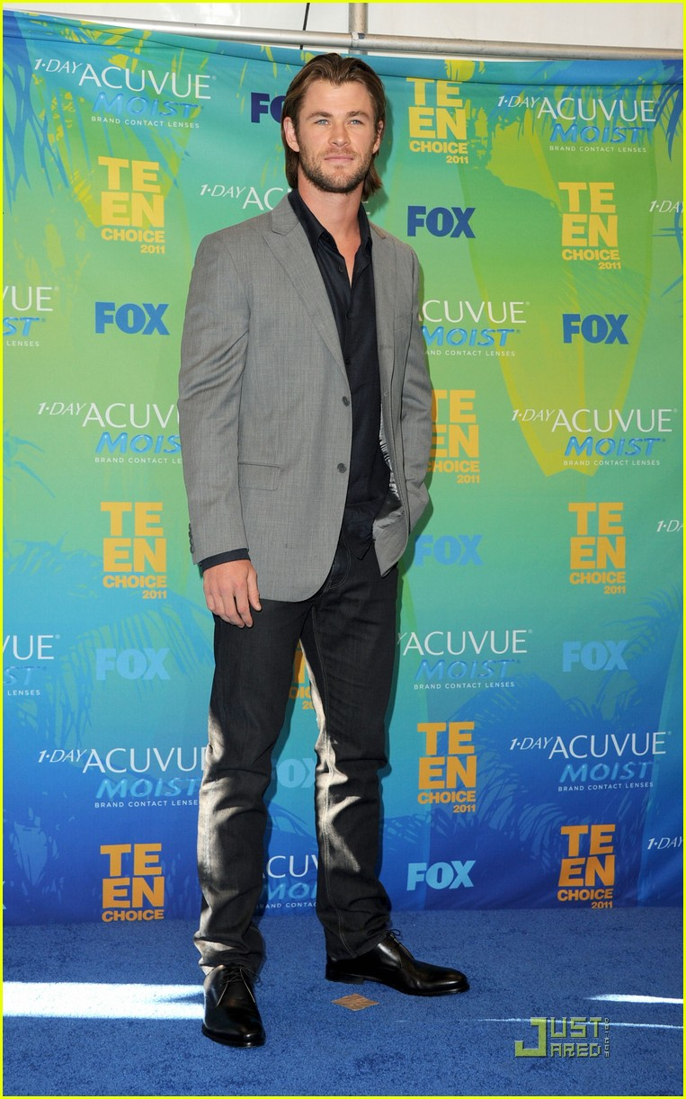chris hemsworth teen choice 072567977