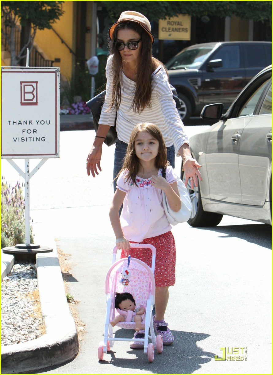 katie holmes suri is my style critic 03
