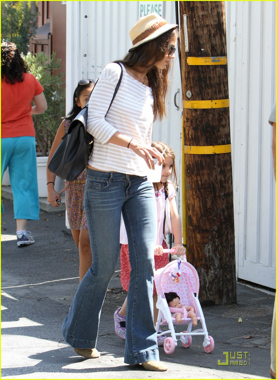 katie holmes suri is my style critic 10