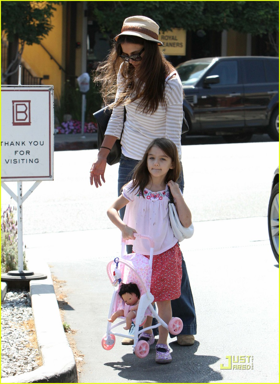 katie holmes suri is my style critic 14
