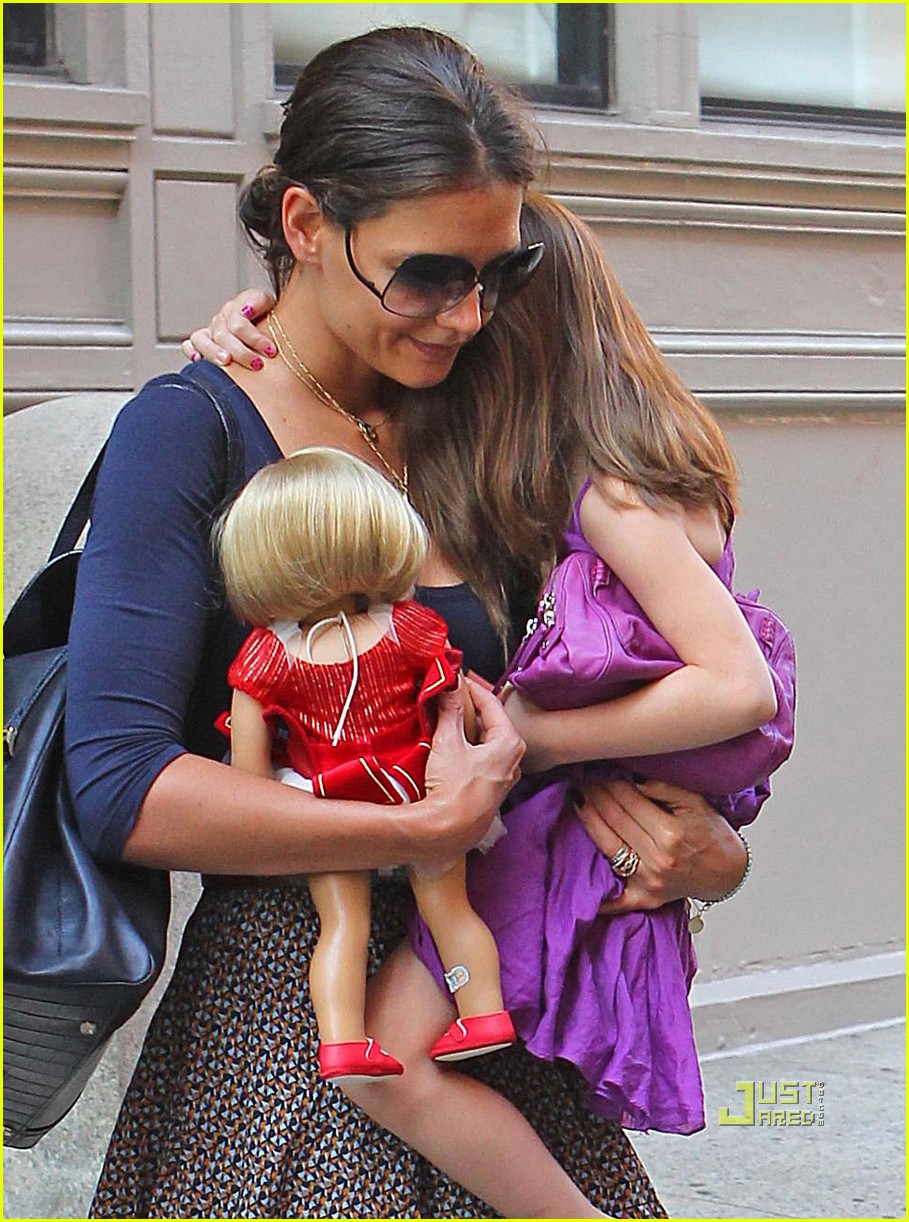 katie holmes suri cruise doll apartment 01