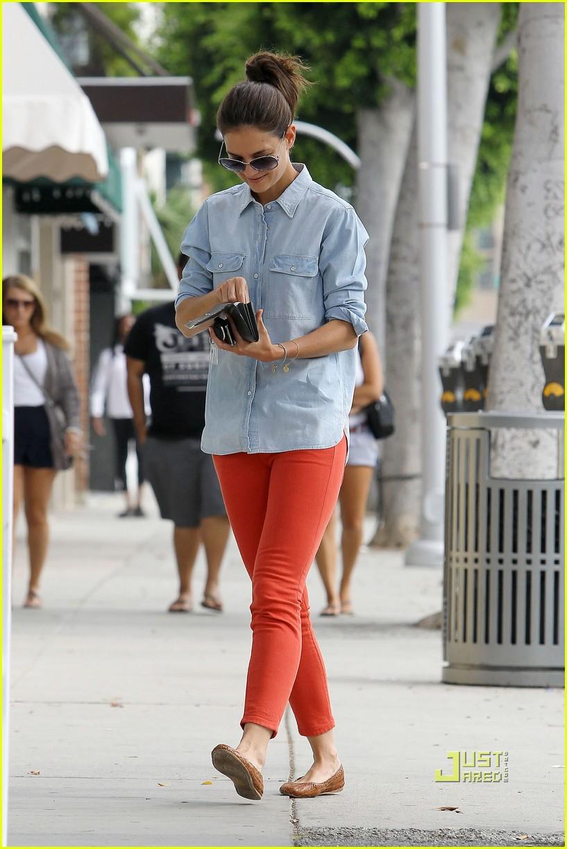 katie holmes orange pants 092572418