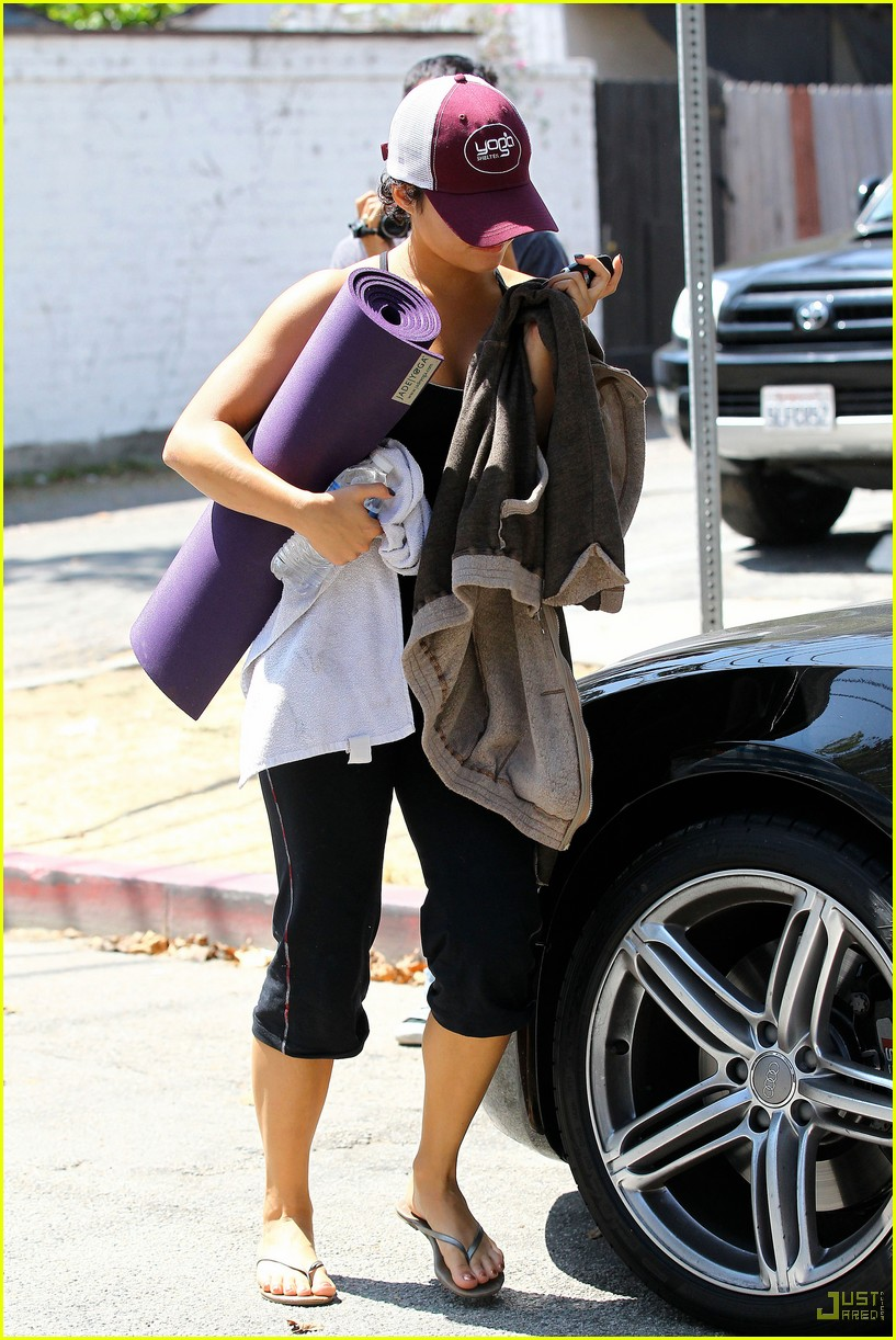 vanessa hudgens workout wednesday 12