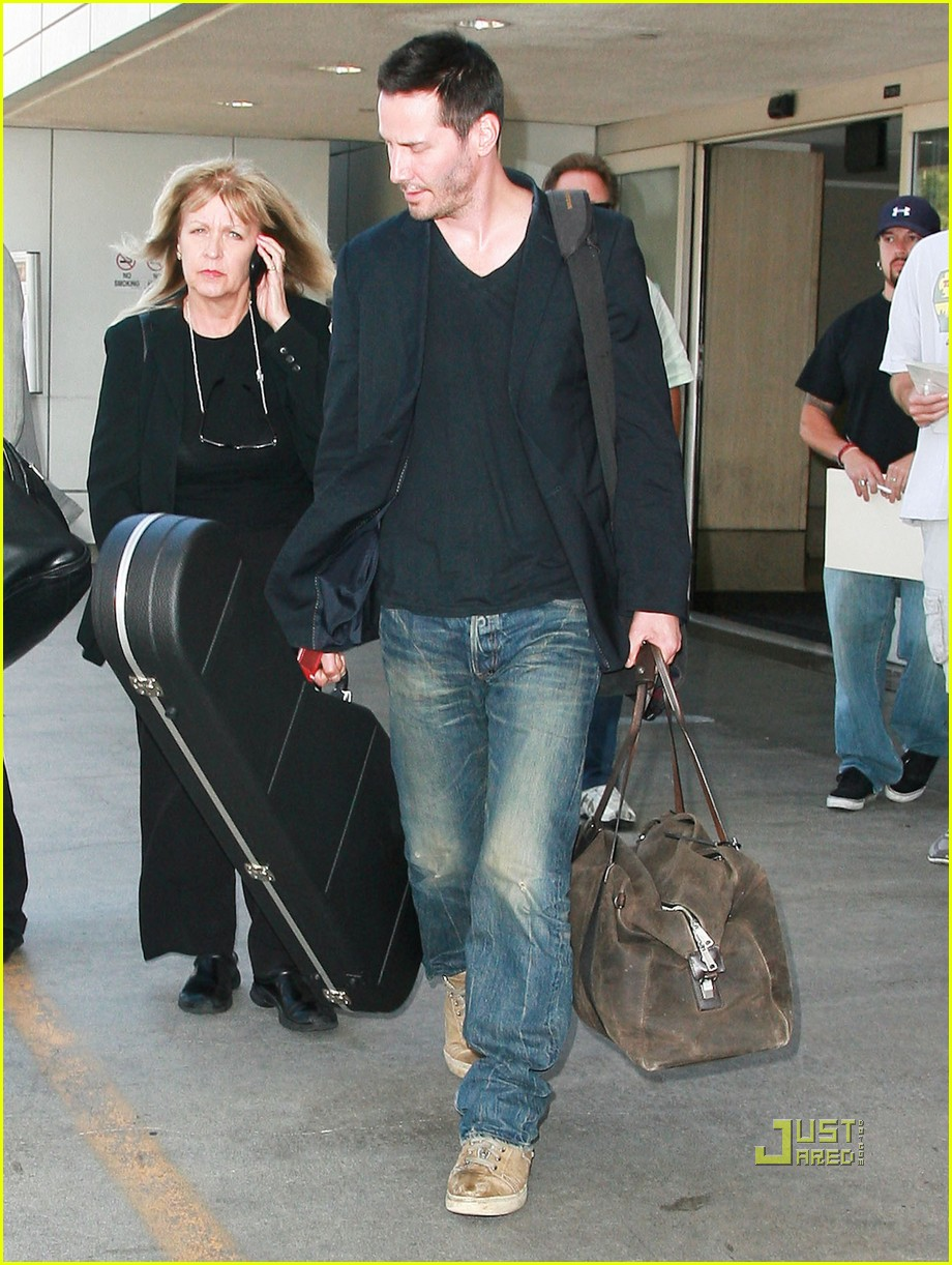 keanu reeves lax 02