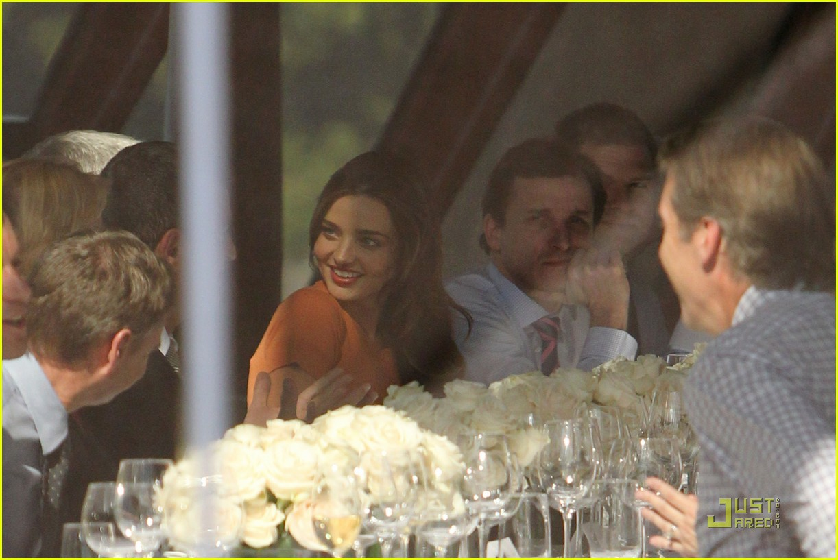 miranda kerr business lunch meeting 03