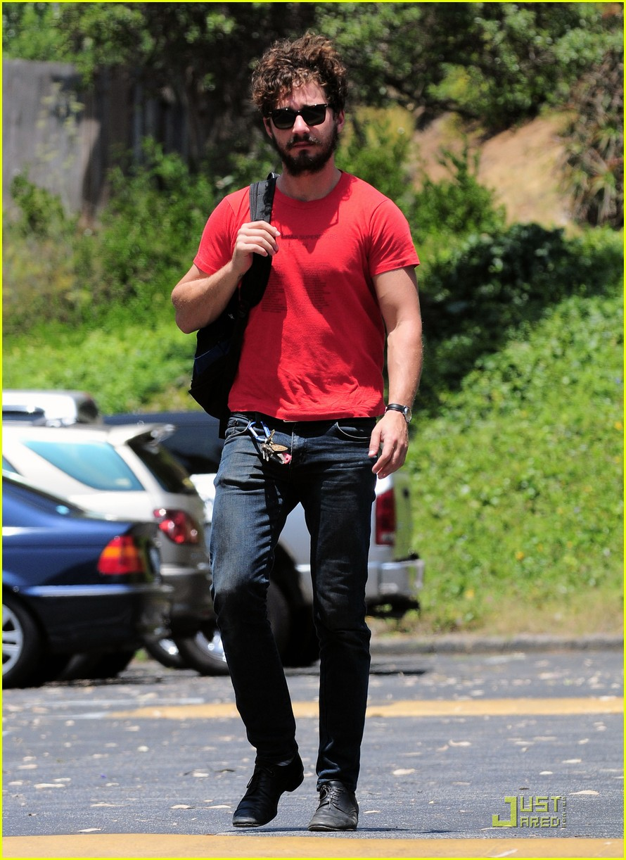 shia labeouf joe jonas west hollywood run in 012568651