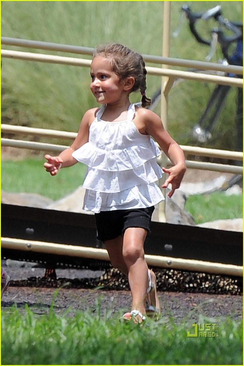 jennifer lopez max emm... Jennifer Lopez