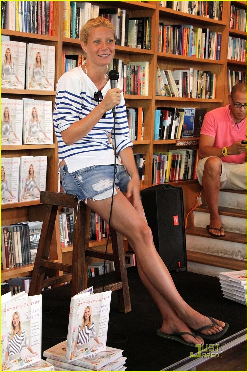 Full Sized Photo of gw... Gwyneth Paltrow Book