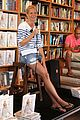 gwyneth paltrow hamptons book signing 03