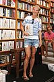 gwyneth paltrow hamptons book signing 04