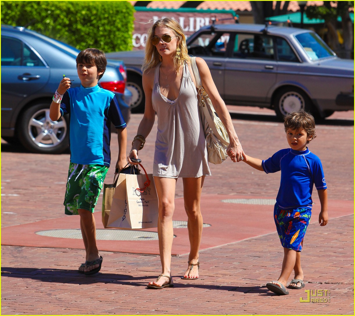 leann rimes toy shopping jake mason 02