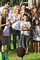 shakira barefoot foundation event with gerard pique 07