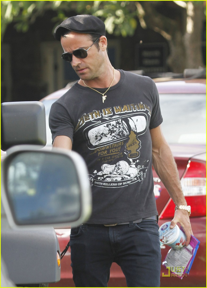 justin theroux happy 40th birthday 02