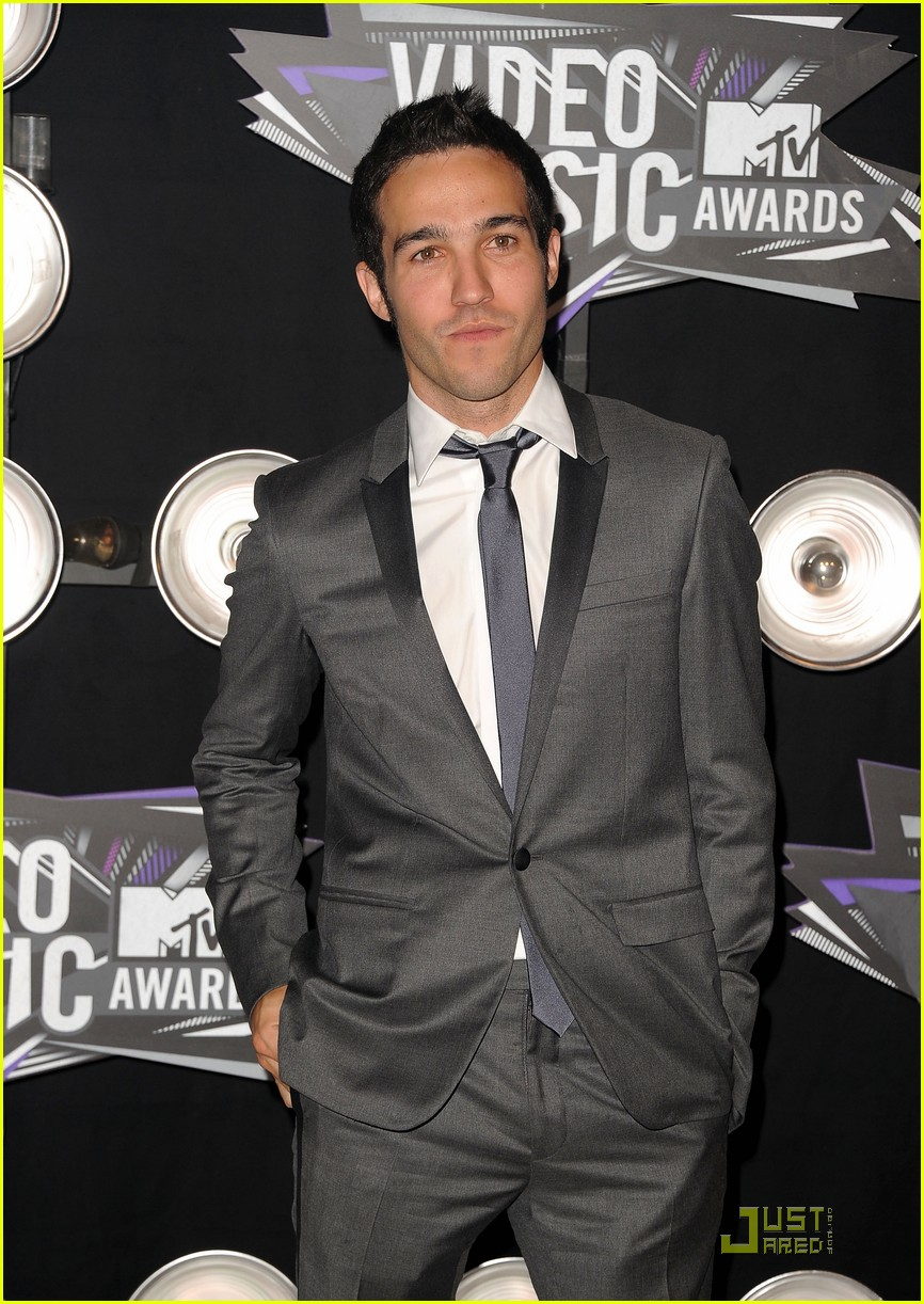 pete wentz gabe saporta 2011 mtv vmas 06