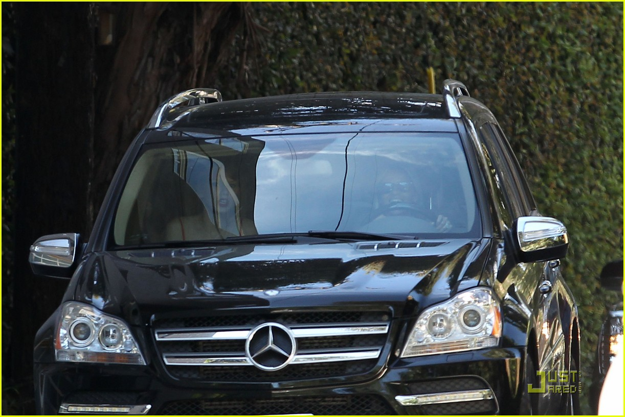taylor swift and reese witherspoon lunch date 25