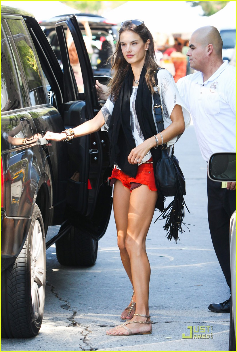 Full Sized Photo of alessandra ambrosio victorias secret ... Alessandra Ambrosio