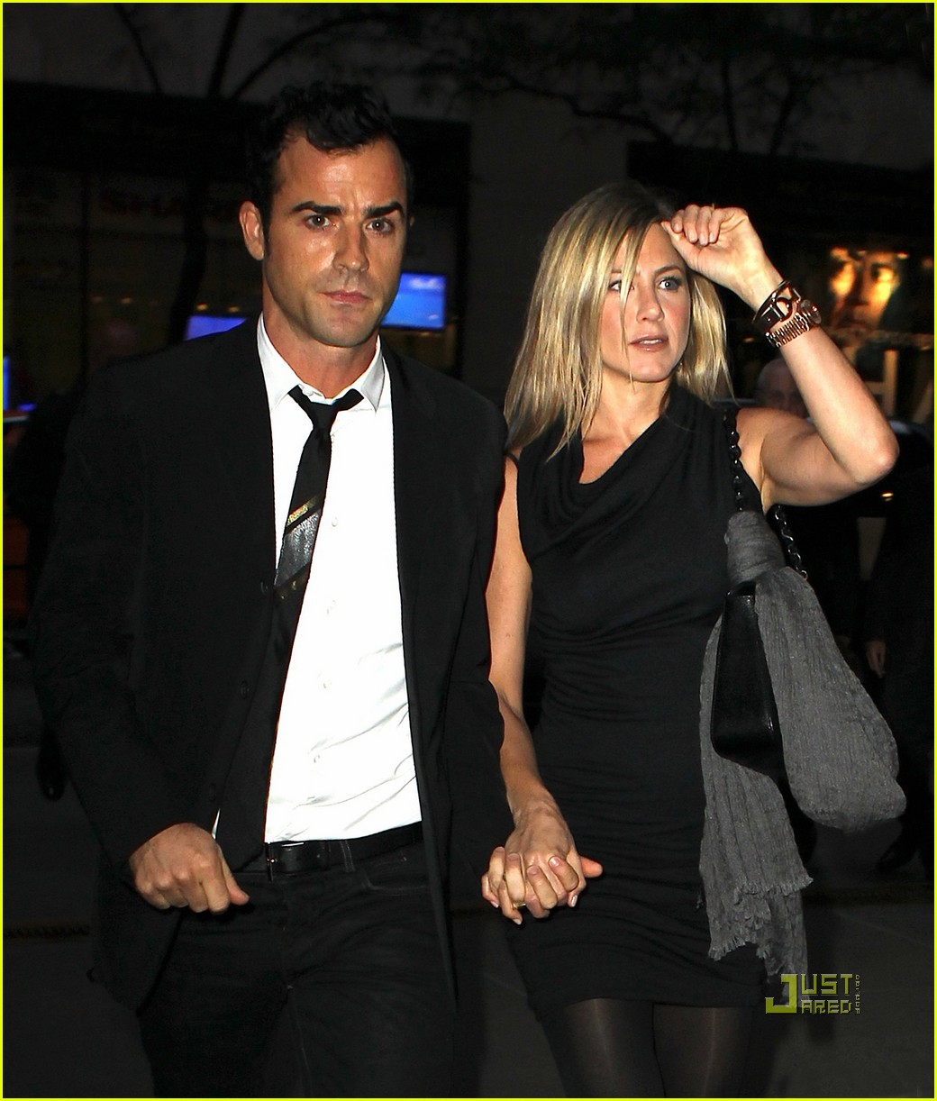 jennifer aniston justin theroux christies 01