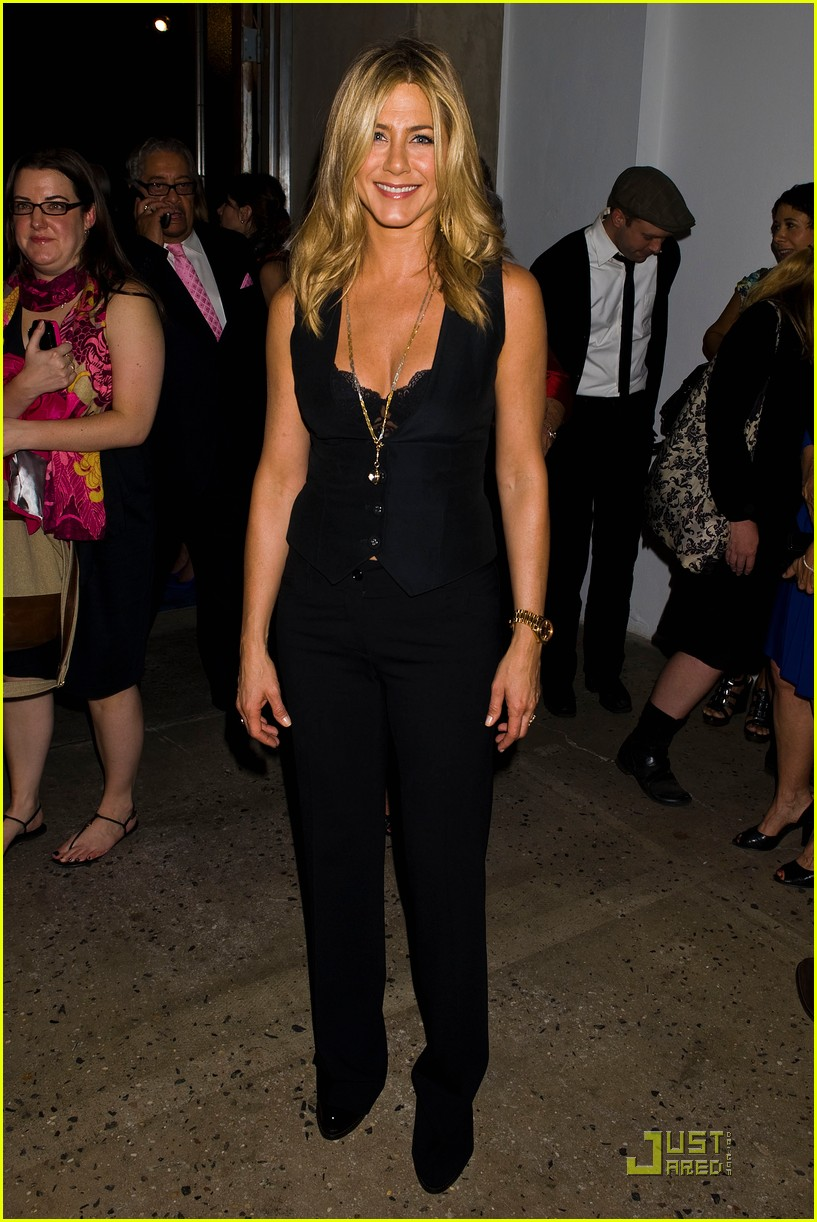 jennifer aniston five screening nyc 112584343