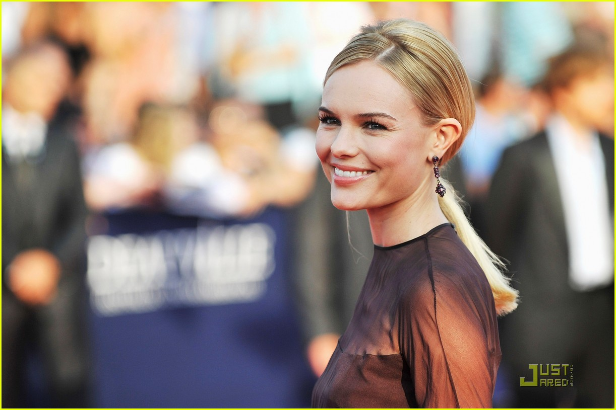 kate bosworth deauville film festival opening ceremony 05