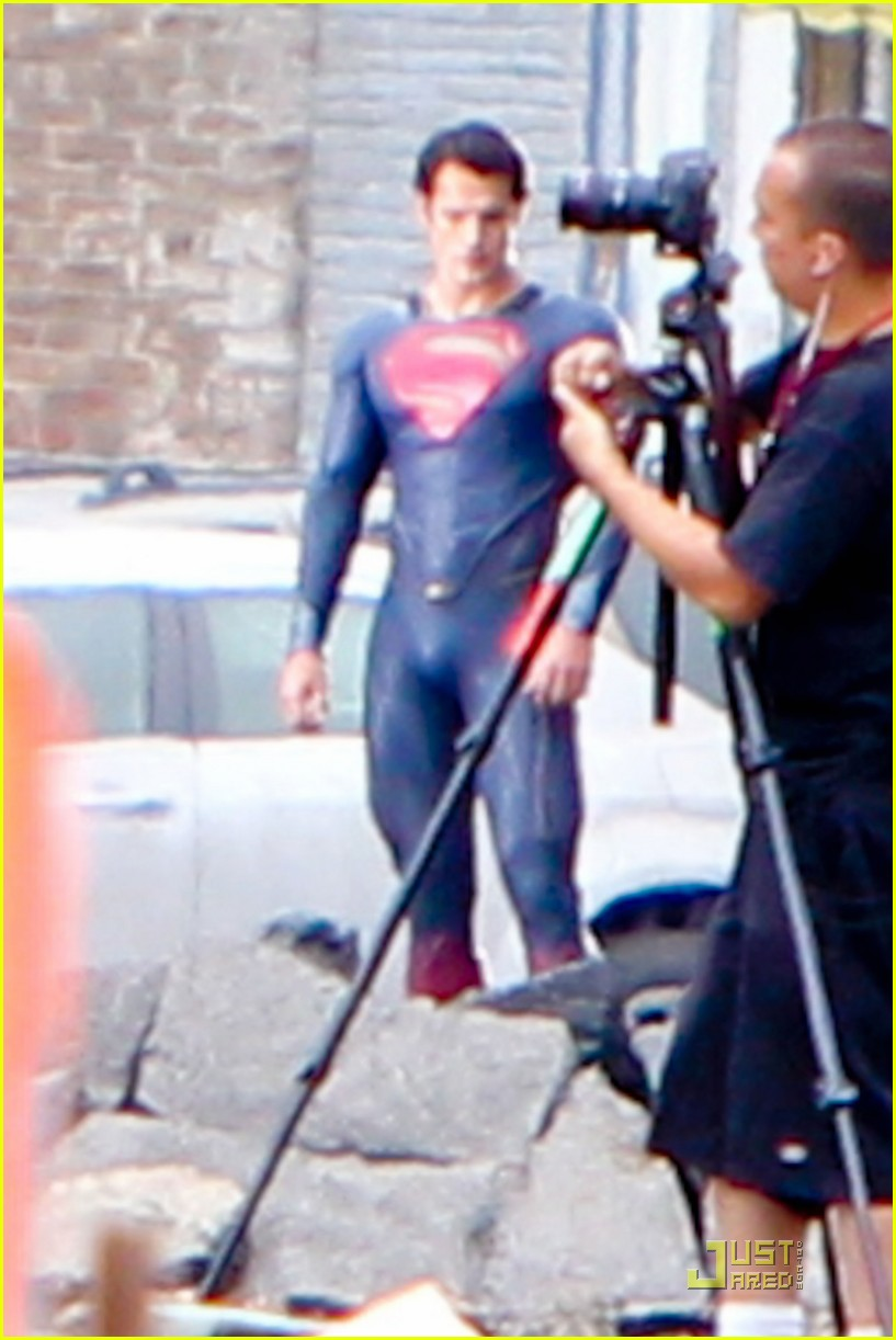 henry cavill superman man of steel set photos 112852320