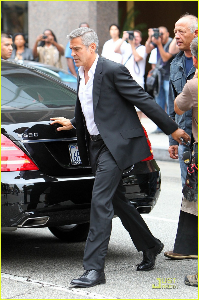 george clooney films mercedes commercial 03