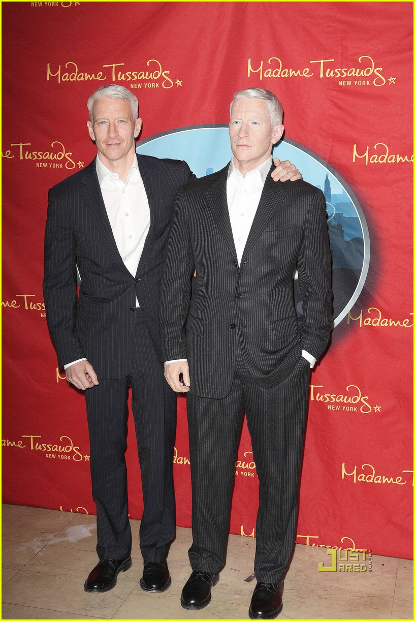 anderson cooper madame tussauds wax figure 04