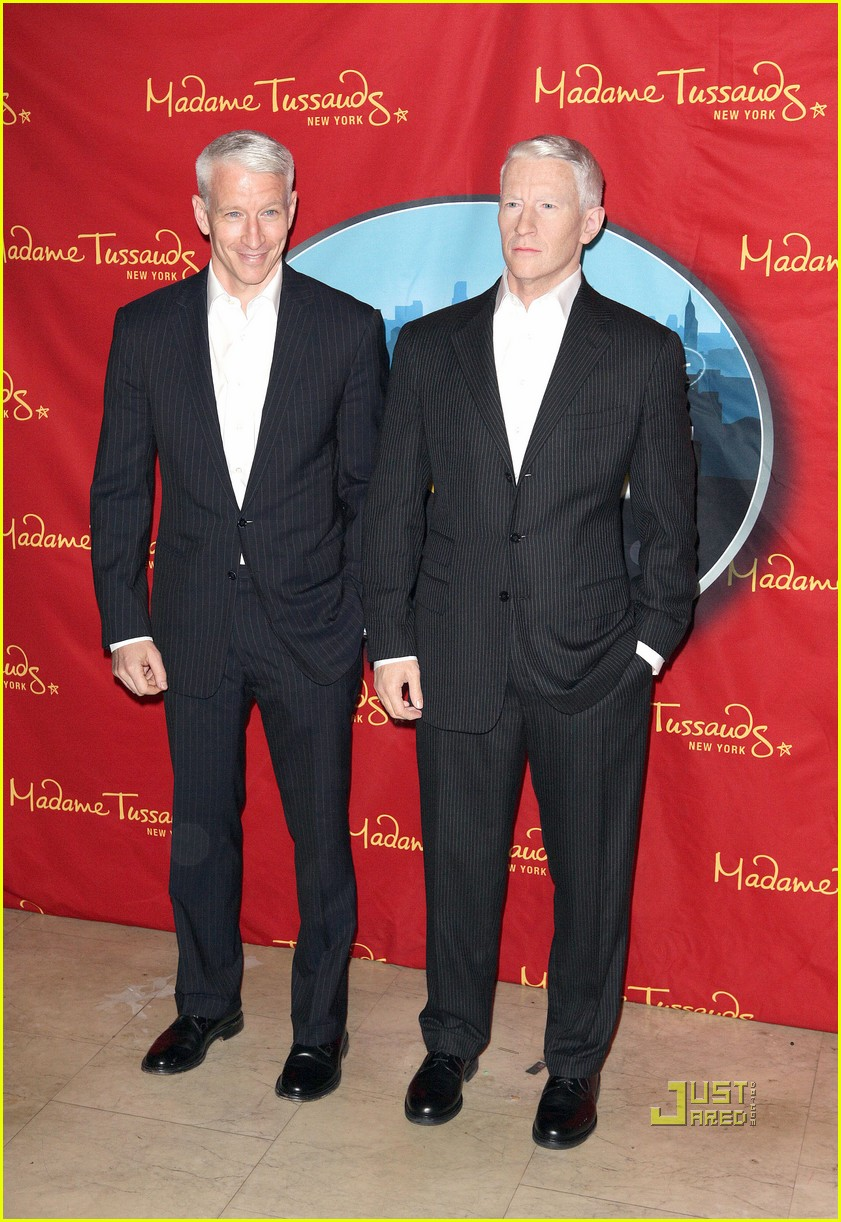 anderson cooper madame tussauds wax figure 12