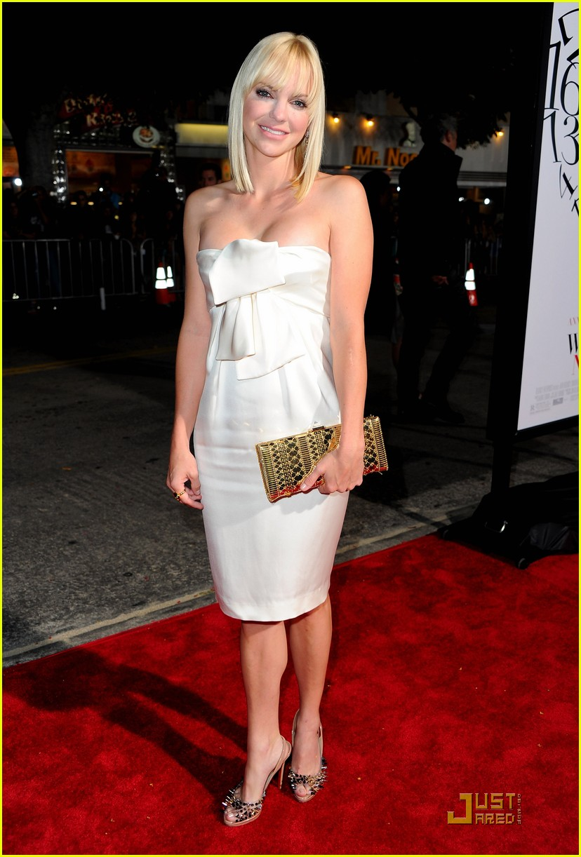 anna faris chris evans premiere 01