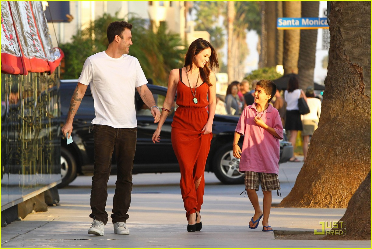 megan fox brian austin green boa 16