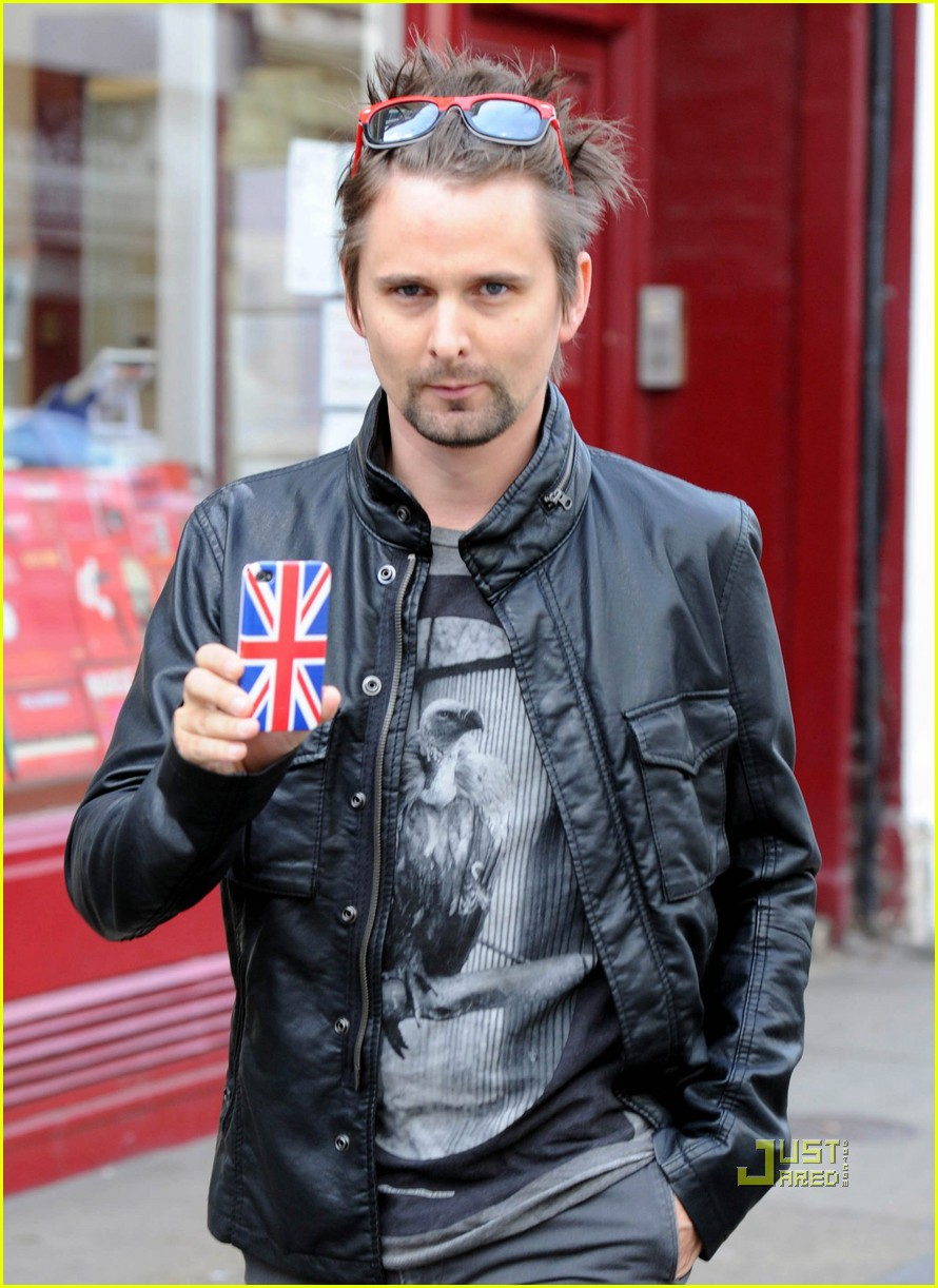 matthew bellamy 2017