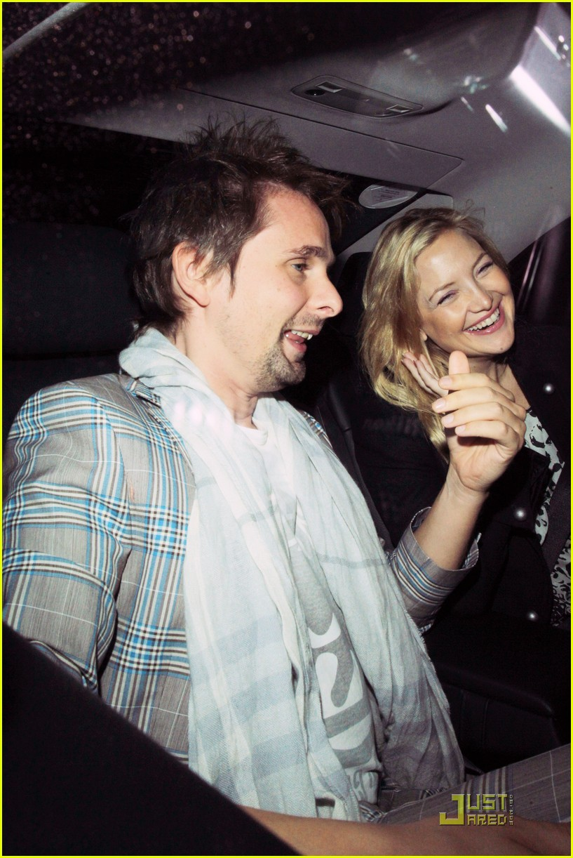 kate hudson matthew bellamy out 04