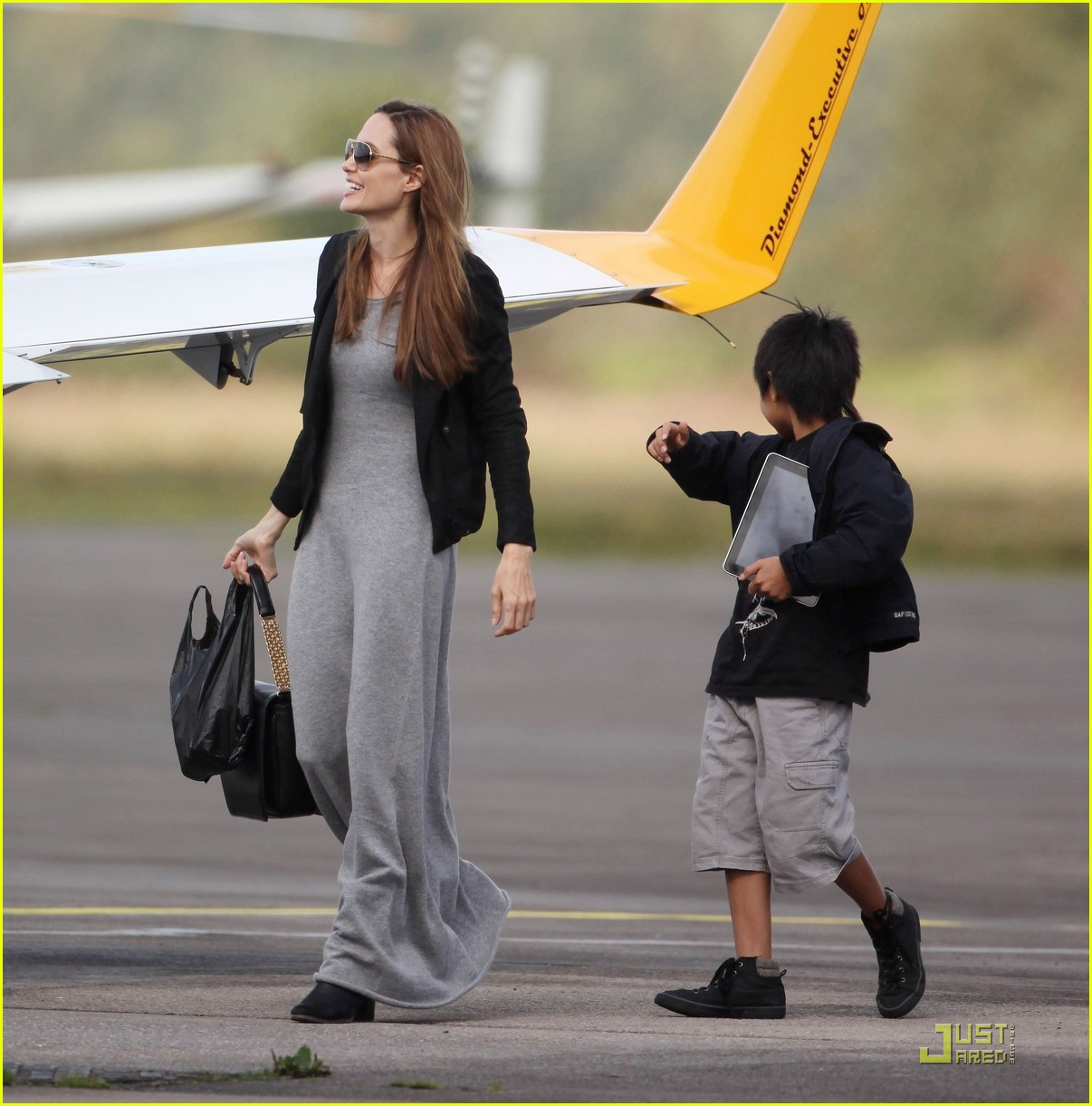 angelina jolie flying lessons maddox 082583081