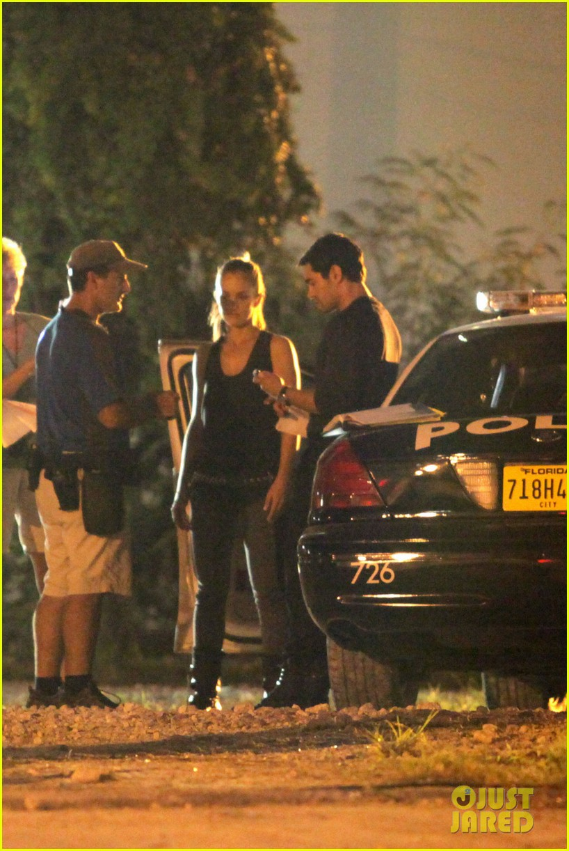 minka kelly charlies angels arrest 07