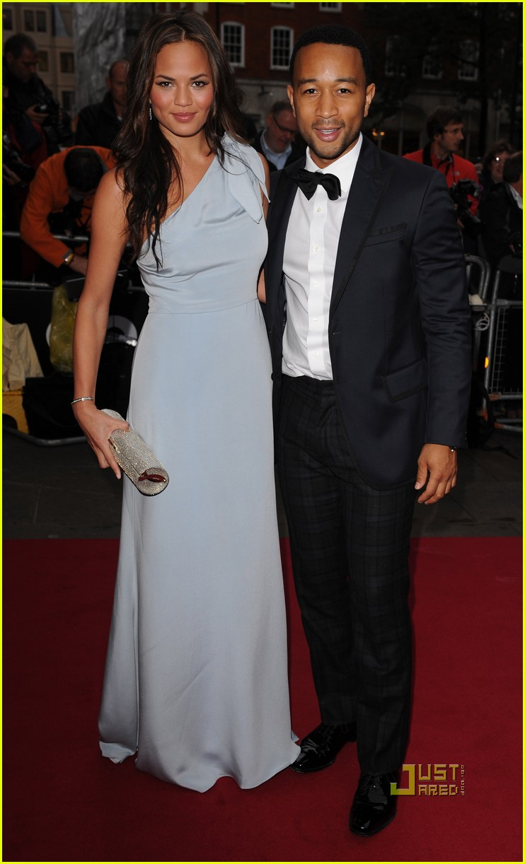 chrissy teigen john legend gq men of the year awards 04