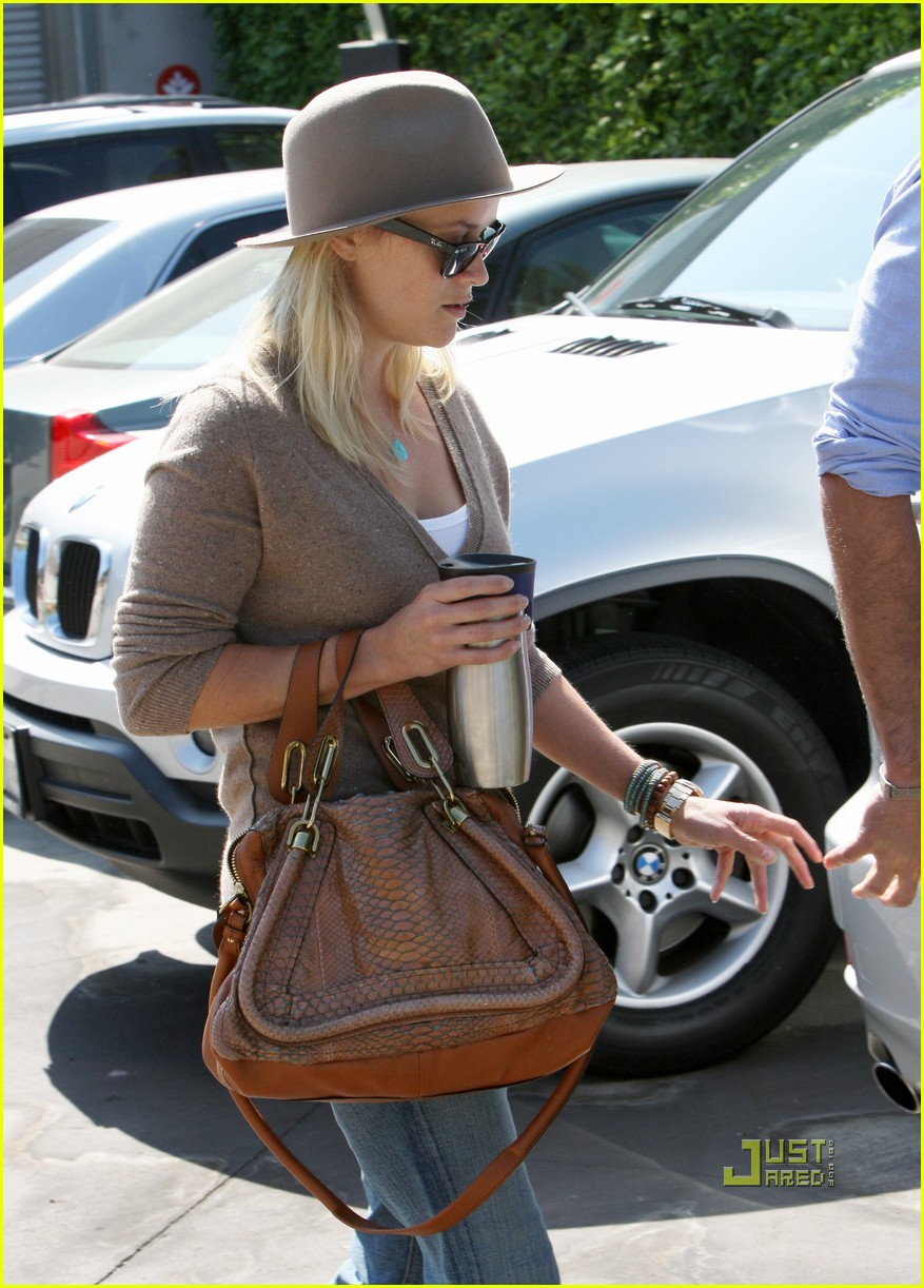 reese witherspoon jim toth church 022581919