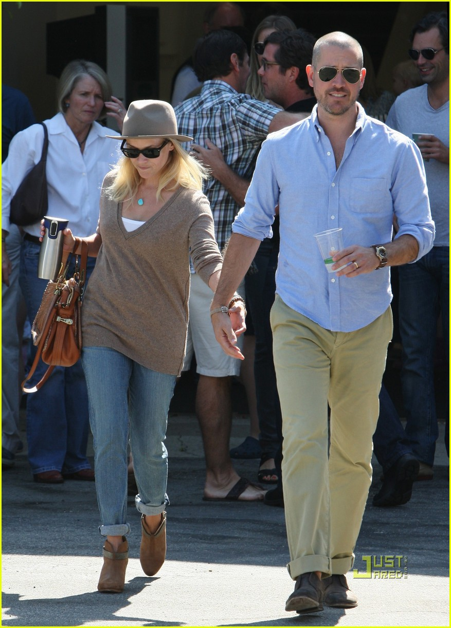 reese witherspoon jim toth church 112581928