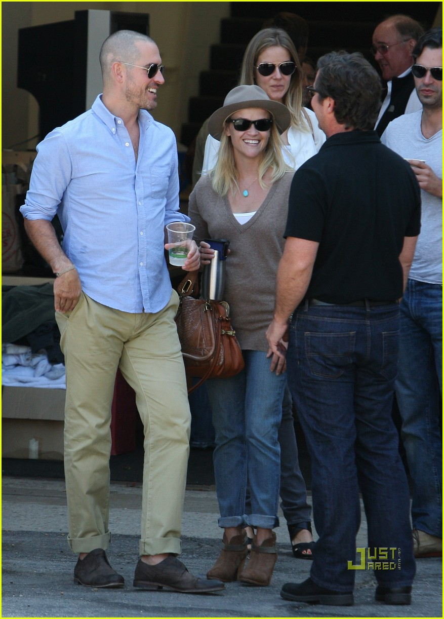 reese witherspoon jim toth church 142581931